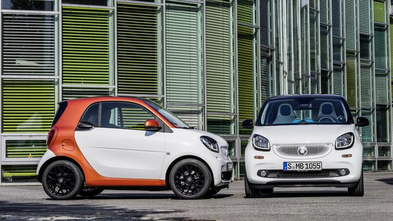 Epic Life Hack - German Man Uses Smartcars to Stop People From Parking Near His Driveway