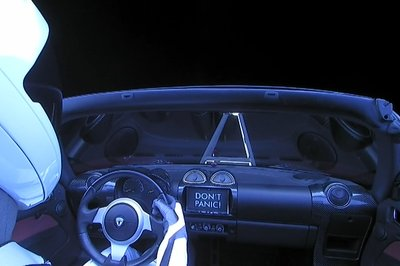 Falcon Heavy Launch Sends Tesla Roadster And Starman Into The Great Beyond, But Now What? - image 765761