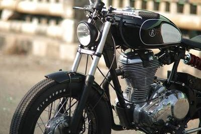 Finally someone made a Royal Enfield Bobber