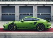 Hulk-Green 2018 Porsche 911 GT3 RS Leaks Prior to Debut - image 765600