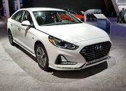 Hyundai Sonata Hybrid Gets More Power, Better Mileage in Chicago - image 766156
