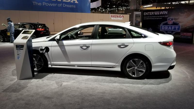 Hyundai Sonata Hybrid Gets More Power, Better Mileage in Chicago
