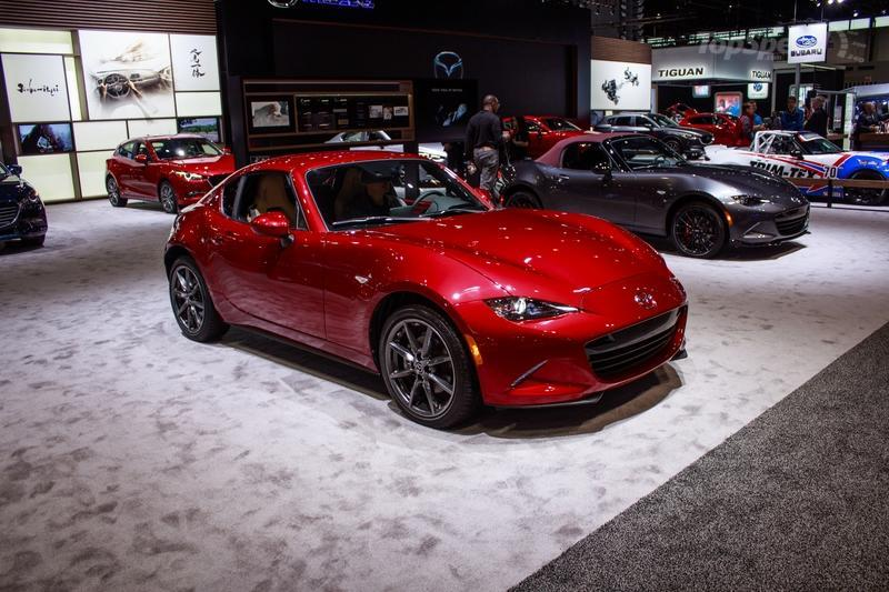 Mazda MX-5 Miata RF Gets an Update For The 2018MY