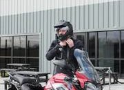 The Duke of Cambridge gets a taste of the Triumph Tiger 1200 XRT - image 770401