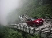 The Range Rover Sport Seriously Climbed Heaven's Gate - image 768483