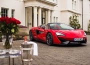 There's a Special McLaren 570S Just for Valentines Day! - image 767943