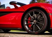 There's a Special McLaren 570S Just for Valentines Day! - image 767936