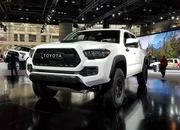 Toyota Ups the Ante With 2019 Tacoma TRD Pro - image 766131
