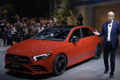 Mercedes-Benz Debuts 2018 A-Class And Wants You To Feel All Warm And Gooey - image 764833