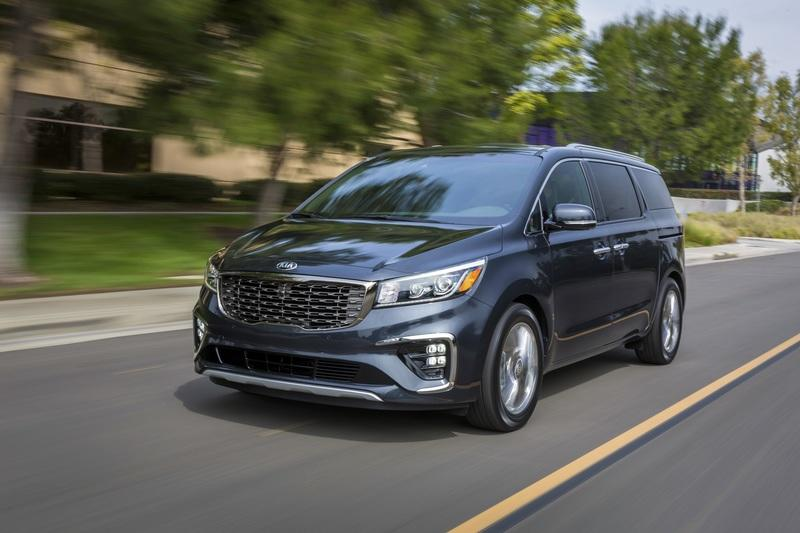 Kia's Updated Sedona is Pretty Much About Revised Options and a New Transmission