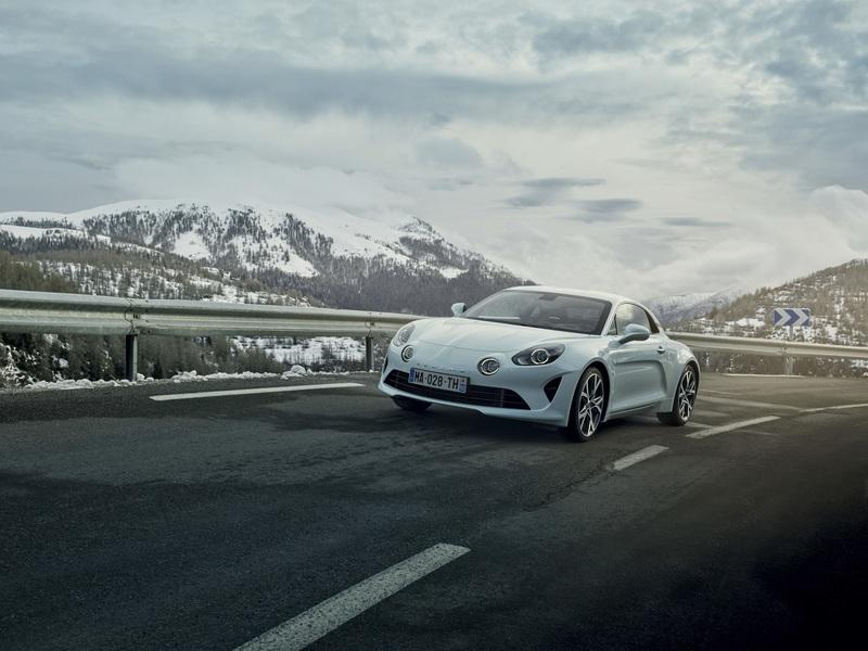 The Alpine A110 Range Gets a Little More Diversity with the Pure and Légende Trim Levels