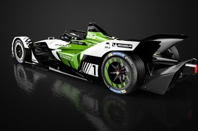 Audi Raises the Bar to Heights Unseen as it Unveils its New Formula E Car, the e-Tron FE05 - image 772875