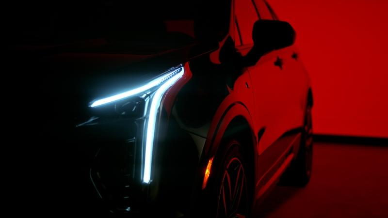 Cadillac Takes its Place at the Oscars Yet Again; Teases the XT4 in the Process