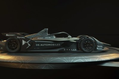 Think Audi's e-Tron FE05 Formula E Car is Cool? Check out the DS E-TENSE FE 19! - image 772660
