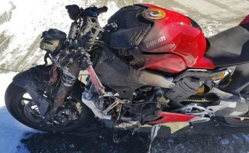 Ducati's Panigale V4 goes up in flames. Owner gets a replacement immediately