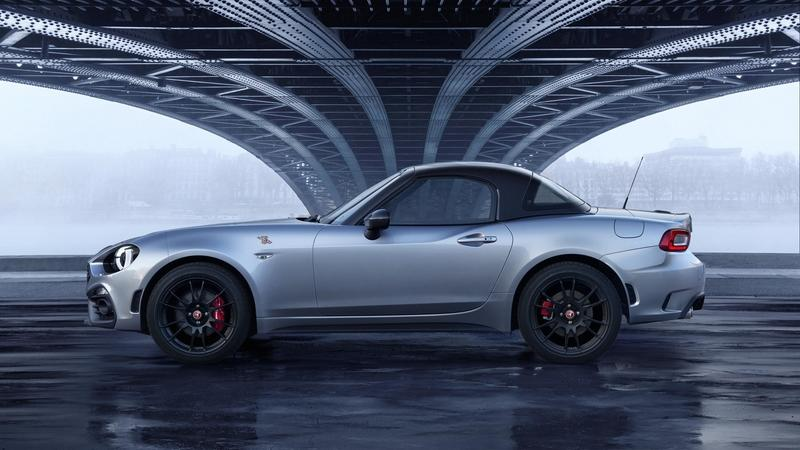 Fiat Bringing Abarth 124 GT with a Carbon Fiber Roof to Geneva