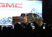 GMC Debuts The 2019 Sierra, Goes Upscale And High-Tech - image 771323