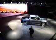 GMC Debuts The 2019 Sierra, Goes Upscale And High-Tech - image 771338