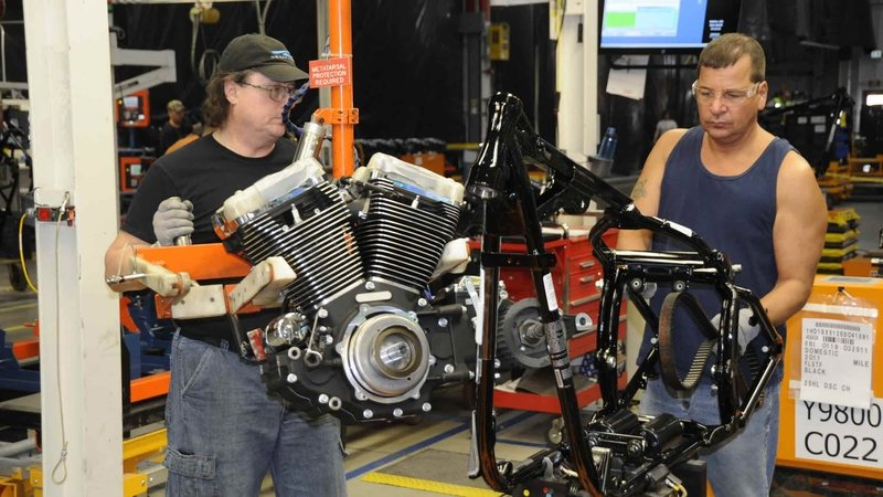 Harley Closes One Of Its Main Factories; What Does It Mean? - image 773237