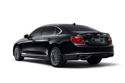 Kia Releases First Official Photos of the New K900 ; Audi and BMW Execs Should Tremble in Fear - image 774426