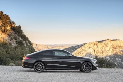 Wallpaper of the Day: 2019 Mercedes-AMG C43 Coupe - image 774657