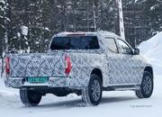 Does this Mercedes X-Class Mule Point to a new US Competitor for the Chevy Colorado and Ford Ranger? - image 773821