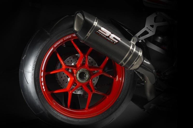 Spoked Wheels or Cast wheels? Which is the best for your motorcycle?