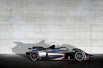 Nissan Shows Off Cool Formula E Nismo Livery in Geneva - image 772864