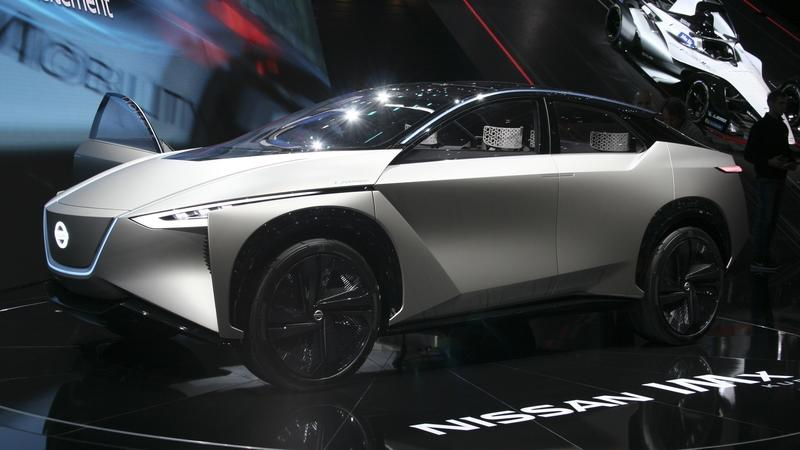 Nissan Redefines Laziness by Slapping a Kuro Badge on the IMx Concept Exterior - image 772856