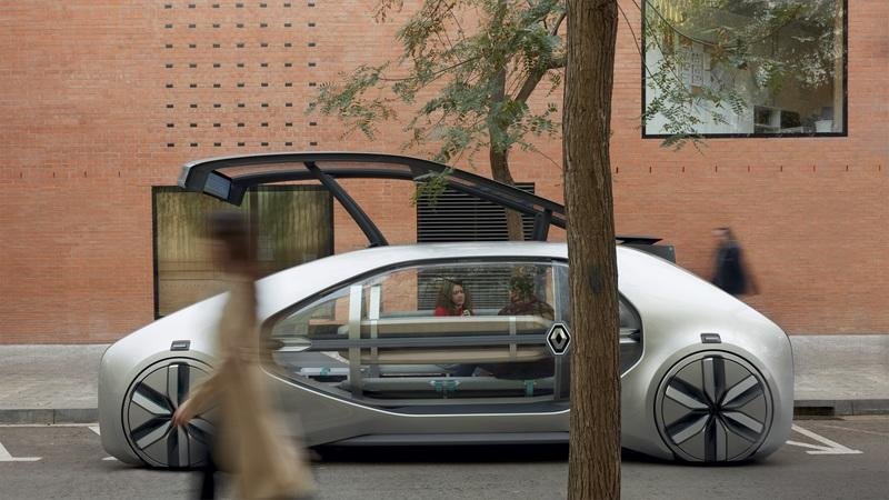 Renault Showcases the Future of Urban Travel with the EZ-GO Autonomous People Hauler