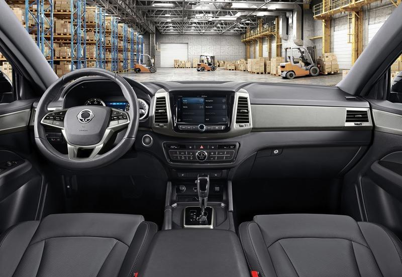 2018 SsangYong Musso Interior - image 772732
