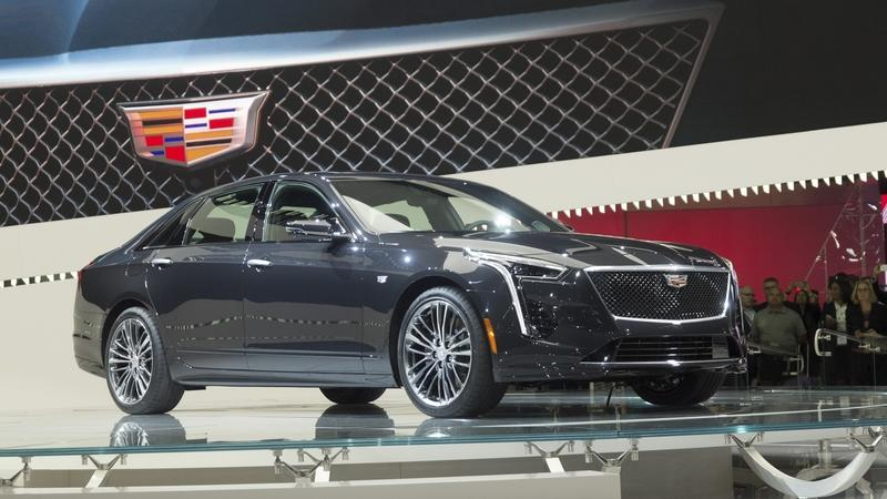 The Cadillac CT6 V-Sport Gives the Mercedes-AMG S65 Something to Worry About