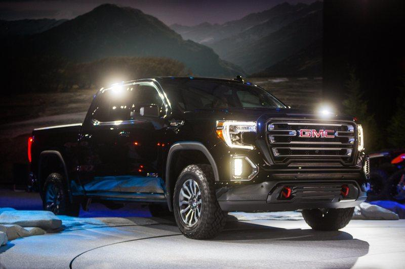 GMC's AT4 Treatment Will Extend To The GMC Canyon, Acadia ...