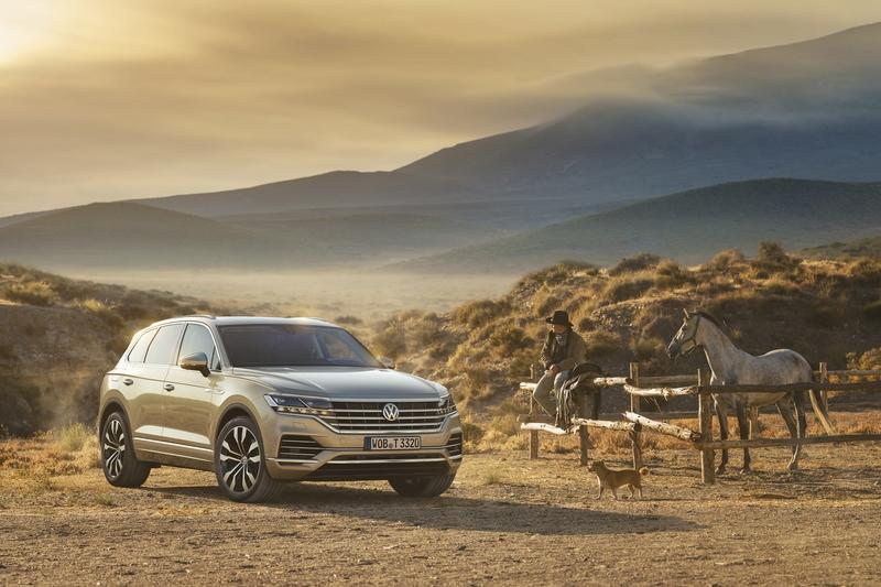Wallpaper of the Day: 2019 Volkswagen Touareg