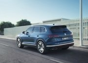 The Volkswagen Touareg is Here, and It Puts the BMW X5 and Mercedes GLE to Shame - image 774938