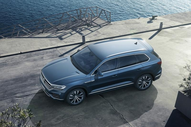 The Volkswagen Touareg is Here, and It Puts the BMW X5 and Mercedes GLE to Shame Exterior Wallpaper quality - image 774939