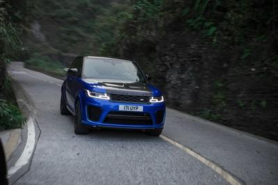 Video of the Day: Did the Range Rover Sport Just Take the Tianmen Road Record from the Ferarri 458 Italia? - image 773752