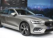 Volvo Unveiled the V60 as the BMW 3-Series Touring, Mercedes C-Class Wagon, and Audi A4 Avant Trembled with Fear - image 772854