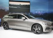 Volvo Unveiled the V60 as the BMW 3-Series Touring, Mercedes C-Class Wagon, and Audi A4 Avant Trembled with Fear - image 772797