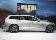 Volvo Unveiled the V60 as the BMW 3-Series Touring, Mercedes C-Class Wagon, and Audi A4 Avant Trembled with Fear - image 772798