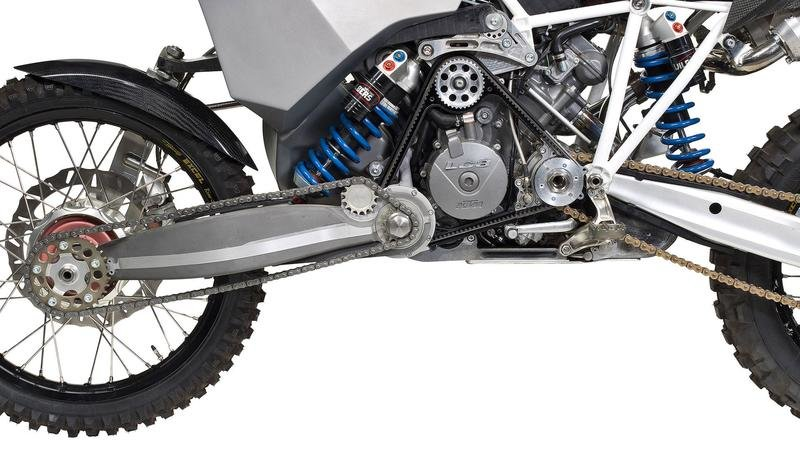 KTM 990 Adventure gets an AWD system built by a mechanical engineer Exterior - image 777621