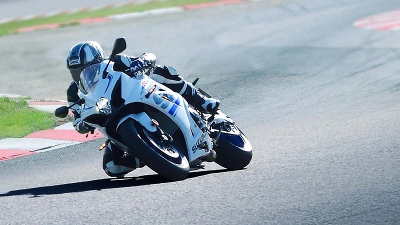 Suzuki Will Pay You To Bring Your GSX-R In For A Recall