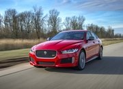 Barely a Day After its Unveiling, The Jaguar XE 300 SPORT Already Holds A Unique Record - image 777973
