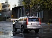 GM Offering As Much as $10,000 off the Escalade in Hopes Customers Will Forget About the New Lincoln Navigator - image 777606