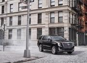 GM Offering As Much as $10,000 off the Escalade in Hopes Customers Will Forget About the New Lincoln Navigator - image 777607
