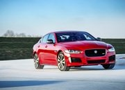 Barely a Day After its Unveiling, The Jaguar XE 300 SPORT Already Holds A Unique Record - image 777893