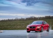 Barely a Day After its Unveiling, The Jaguar XE 300 SPORT Already Holds A Unique Record - image 777896