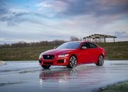 Barely a Day After its Unveiling, The Jaguar XE 300 SPORT Already Holds A Unique Record - image 777897