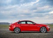 Barely a Day After its Unveiling, The Jaguar XE 300 SPORT Already Holds A Unique Record - image 777911