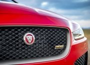 Barely a Day After its Unveiling, The Jaguar XE 300 SPORT Already Holds A Unique Record - image 777916
